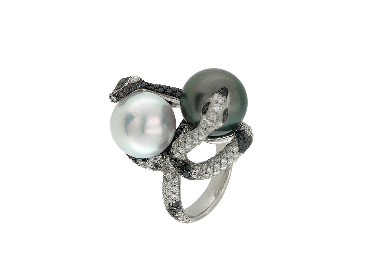 Anello in oro bianco con diamanti e perle Tahiti e ...