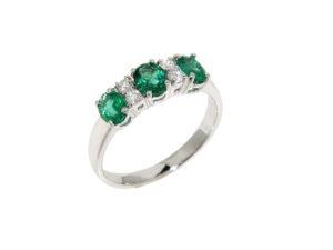 anello-oro-bianco-diamanti-smeraldi-rainbow-ddonna-gioielli